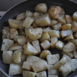 Rosemary potatoes are ready to serve